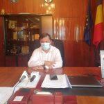 Profesori cu LAVALIERĂ. Romanescu se pregătește pentru scenariul GALBEN de începere a școlii