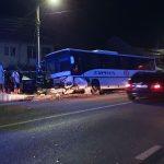 08:36 Accident la Drăguțești. Autocar cu angajați CE Oltenia implicat