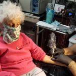 O femeie, în vârstă de 103 ani, din Statele Unite s-a tatuat pentru prima dată