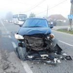 09:23 Accident în comuna Câlnic. Două persoane au ajuns la spital