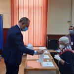 10:27 Ciprian Florescu: Am votat pentru un oraș dezvoltat, liniştit și întinerit
