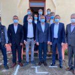 10:16 Cosmin Popescu şi Iulian Popescu au votat promiţând dezvoltarea judeţului