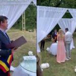 Romanescu, criticat după ce ar fi oficiat o căsătorie la Rugi. Cum explică