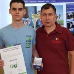 10:28 Elevul CNTV Giovani Popescu, o nouă medalie pentru România