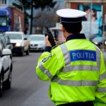 10:13 NOU! Șoferii vor putea prezenta polițiștilor asigurarea RCA și pe telefon sau tabletă
