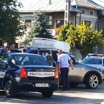 10:20 Scandal cu săbii şi cuţite în Meteor. Familie ameninţată în urma vânzării unei maşini