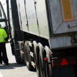 10:59 Maşinile de transport persoane şi mărfuri, luate la puricat de poliţişti.  Acțiunea Truck & Bus