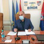 07:32 Bolojan dă afară jumătate din angajaţii CJ Bihor