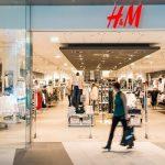 H&M va închide 250 de magazine din cauza pandemiei