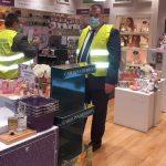 15:13 Inspectorii de muncă, verificări la Mall