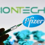 19:11 Noi doze de vaccin Pfizer BioNTech ajung în România