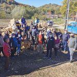 17:26 Prigoria: Acțiune de tăiat și spart lemne cu voluntari
