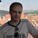 18:25 Medicul erou va fi cetățean de onoare al municipiului Piatra Neamț