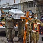 16:49 Draga Olteanu Matei, înmormântată cu onoruri militare