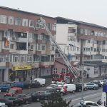 09:42 Pompierii, intervenție pe Strada Victoriei. Cade tencuiala de pe blocuri