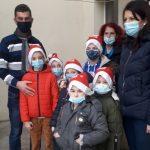 14:49 Nicu Bunoaica, daruri pentru copiii de la Centrul Maternal