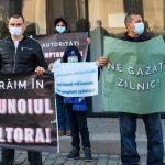 09:08 Protest împotriva aducerii gunoaielor din alte judeţe