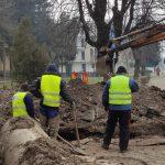 17:30 Romanescu, în inspecţie pe şantierul de pe Calea Eroilor
