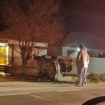 10:40 Drăguțești: Șofer de 20 de ani, rănit după ce a intrat cu mașina într-un cap de pod
