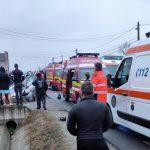 16:46 Accident la Plopșoru. 5 victime