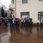 Proteste Sanitas. Valentin Popa: Să vedem dacă ne cheamă la discuții
