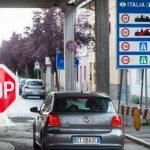 15:47 Patru regiuni din Italia, din nou în lockdown