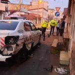 19:21 Târgu-Jiu: Mașină de poliție, avariată