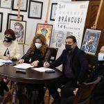 """09:20 Au fost decernate premiile Concursului Internațional de Arte Vizuale """"Brâncuși văzut în 145 de portrete"""""""