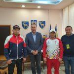 09:32 Prefectul și șeful CJ Gorj, vizitați de un mare campion