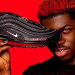 """Nike a obţinut în justiţie oprirea vânzărilor """"Pantofilor Satanei"""". Conţin sânge uman în tălpi"""