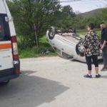 18:37 Accident la Bărbătești. O tânără și un copil, la spital