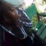 Un nou video ȘOCANT! Fată de 12 ani din Jupânești, bătută și scuipată de alte patru adolescente. Două dintre bătăușe, REȚINUTE