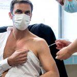 10:22 Ministrul francez al sănătății a făcut rapelul cu Moderna, după ce primise prima doză cu vaccinul AstraZeneca