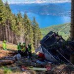 19:54 Italia: Cabină de teleferic, prăbușită de la înălțime. Cel puțin 13 morți