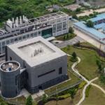 08:03 Cercetătorii americani revin la ipoteza că la originea SARS-CoV-2 ar sta un accident de laborator la Wuhan