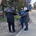 14:42 Motru: Poliția Locală duce Sfintele Paști cetățenilor care nu se pot deplasa