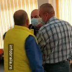 08:05 Jurnalist, lovit peste faţă în sediul unui partid