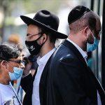 07:02 Israelul renunţă la obligaţia de a purta mască în locurile publice închise