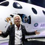 Cursa miliardarilor. Richard Branson zboară în spaţiu pe 11 iulie, înaintea lui Jeff Bezos
