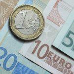 14:21 Euro, un nou maxim istoric