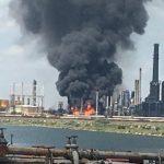 14:19 Rompetrol: Incendiul a pornit la o instalaţie de producţie a motorinei