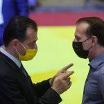 10:59 Liberalii îşi aleg preşedintele. Ludovic Orban vs. Florin Cîţu