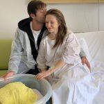 """Radu Vâlcan și băiețelul de două luni au Covid. Adela Popescu: """"S-au îmbolnăvit de la mine"""""""