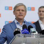 12:15 Tur doi la alegerile USR-PLUS. Cioloș, în fața lui Barna