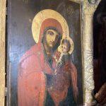 Icoana care a început să plângă de Înălțarea Sfintei Cruci. Pelerinaj la Baia de Fier