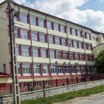 Bobaru: Școala va rămâne frumos zugrăvită, frumos dotată, dar închisă