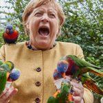 10:52 Merkel oferă imaginea zilei