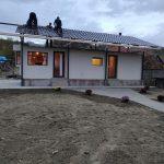 A cumpărat o casă modulară pentru o familie din Slivilești